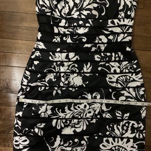 White House Black Market Dresses - Black and White Floral Strapless Satin Dress